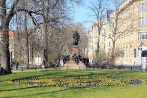 Mendelssohn-Denkmal im Promenadenring an der Thomaskirche in Leipzig