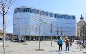 Die Blechbüchse am Richard-Wagner-Platz