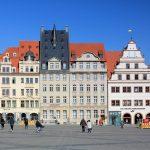 Nordseite des Marktes in Leipzig mit der Alten Waage