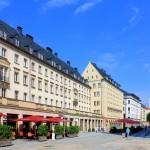 Erste Nachkriegsbebauung an der Inneren Klosterstraße
