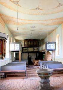 Die Horburger Kirche mit ihrer Orgel