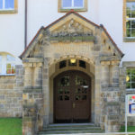 Dr.-Wilhelm-André-Gymnasium Chemnitz-Kaßberg, Portal