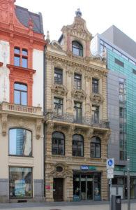 Wohn- und Geschäftshaus Petersstraße 46