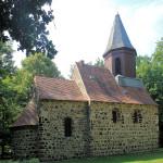 Kirche im Gutspark Altjeßnitz