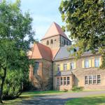 Kirche und Herrenhaus in Muldenstein