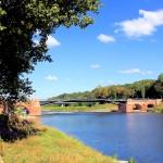 Die Pöppelmannbrücke über die Mulde in Grimma
