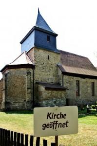 Offene Kirche in Ossig im Burgenlandkreis