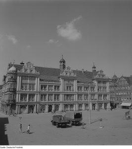 Rathaus Torgau, verm. 1960er Jahre (Quelle: Deutsche Fotothek)