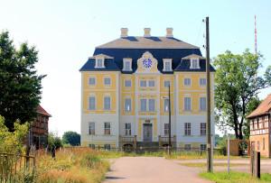 Schloss Wiederau (Zustand Juli 2015)