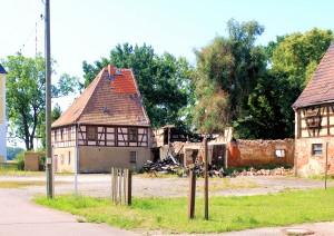 Rittergut Wiederau, abgebranntes Wirtschaftsgebäude