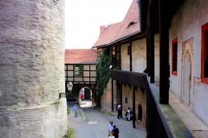 Burg Schönfels, Burghof