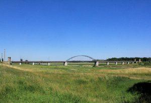 Bahnbrücke und Brückentürme Torgau