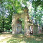 Waldersee, Triumphtor Park Luisium