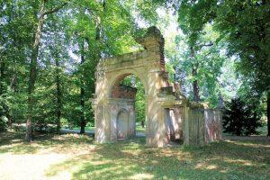 Triumphtor Park Luisium Waldersee