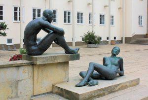 """Bronzeplastik """"Paar"""" Chemnitz"""