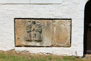 Grabmäler auf dem Friedhof Clausnitz