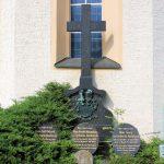 Dornreichenbach, Grabmal von Carlowitz-Hartitzsch