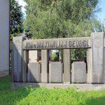 Flößberg, Grabmal Georgi