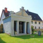 Hohenkirchen, Grufthaus Finsterbusch