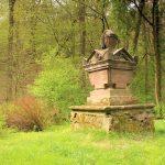 Hohenprießnitz, Gedenkstein von Hohenthal