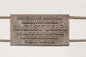 Gedenktafel für August Bebel in Leipzig