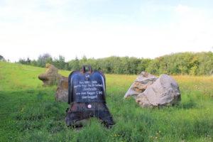 Pegau, Denkmal für das Dorf Stöntzsch