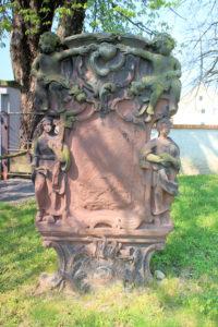Grabmal auf dem Friedhof Pehritzsch