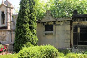 Grabmal der Familie Böhm auf dem Friedhof in Plagwitz