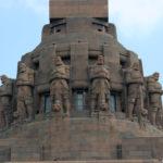 Völkerschlachtdenkmal Leipzig, Wächterfiguren