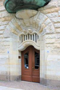 Portal des Wohnhauses Johannisallee 11 in Reudnitz-Thonberg