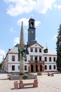 Marktbrunnen und Denkmal für die Gefallenen des 1. Weltkriegs Rochlitz