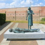 "Torgau, Denkmal ""Nie wieder Krieg"""