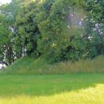 Hohenwussen, Wall (Viereckwall)