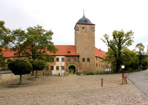 Wasserburg Kapellendorf, Burgtor und Torturm