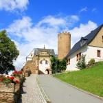 Burg Scharfenstein, Zugang zur Burg