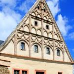 Burg Scharfenstein, Schmuckgiebel am Wohnflügel