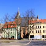 Delitzsch, Ev. Stadtkirche St. Peter und Paul vom Markt aus gesehen