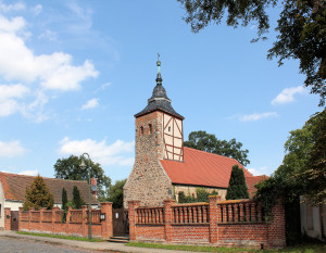 Döbbelin, Ev. Kirche