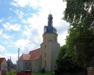Döllnitz, Ev. Kirche