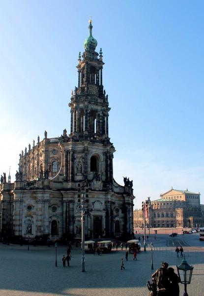 Dresden kath hofkirche kathedrale und pfarrkirche santissimae trinitatis stadt dresden - Dresden architektur ...