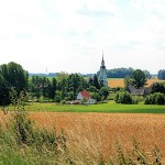 Elbisbach mit Pfarrkirche
