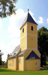 Fremdiswalde, Ev. Pfarrkirche, Chorturm und Apsis