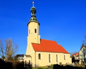 Güldengossa, Ev. Kirche