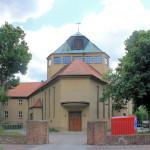 Südstadt, Kath. Pfarr- und Franziskaner-Klosterkirche