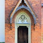 Lützschena, Ev. Schlosskirche, Portal