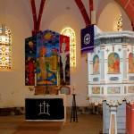 Nepperwitz, Ev. Pfarrkirche, Altar und Kanzel