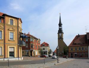 Siebenlehn, Ev. Stadtkirche und Markt