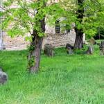 Dehlitz/Saale, Ev. Kirche Treben. slawische Grabsteine