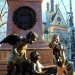 Leipzig, Thomaskirche, Mendelssohn-Bartholdy-Denkmal und Westseite