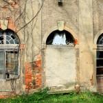 Herrenhaus Lossa, Zugang zum Hof